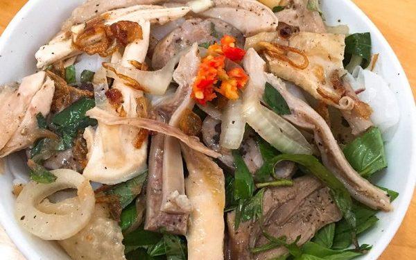 Quán Long - Quán bánh ướt lòng gà Đà Lạt ngon